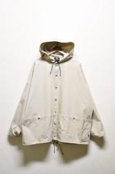 「Mountain Equipment」utility over parka -greige-