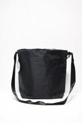 「BURLAP OUTFITTER」easy shoulder bag -black-